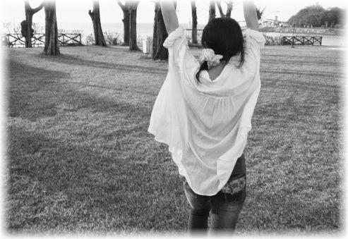 麻美ゆま(由真)はがんが転移して子宮・卵巣を全摘出しながらグラビアで復活!笑顔で仕事に再挑戦する姿に感動も
