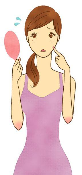 乾燥で肌荒れがひどいといっても顔のスキンケアをしすぎないこと!何もつけないで美しいままの人もいることに注目!